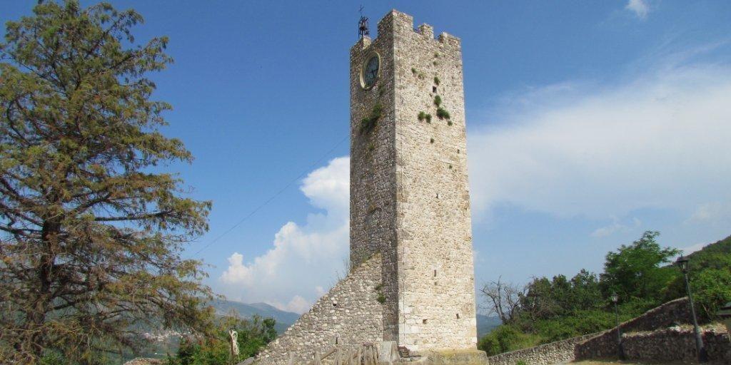 Torre di Tione degli Abruzzi